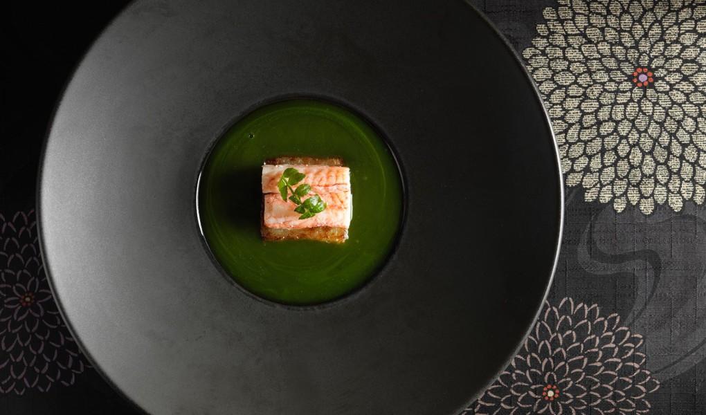 Hokkaido-Hairy-Crab-and-White-Asparagus-with-Matcha-Kudzu-Sauce1
